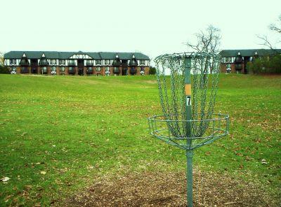 Begg Park, Main course, Hole 7 Putt