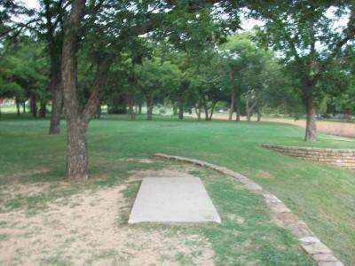 Fritz Park, Main course, Hole 4 Tee pad