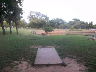 Fritz Park, Main course, Hole 5 Tee pad