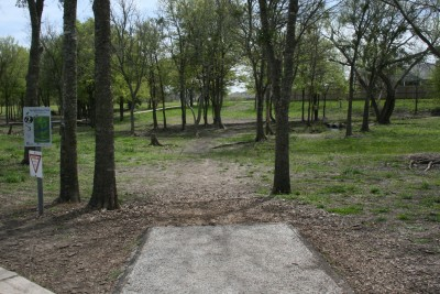 Steeplechase Park, Main course, Hole 2 Tee pad