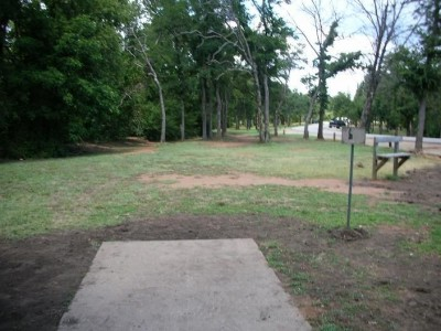 Lake Lewisville Park, Main course, Hole 14 Tee pad