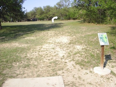 Live Oak City Park, Main course, Hole 23d Tee pad