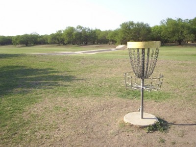Live Oak City Park, Main course, Hole 28 Reverse (back up the fairway)