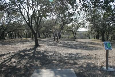 Live Oak City Park, Main course, Hole 20 Tee pad