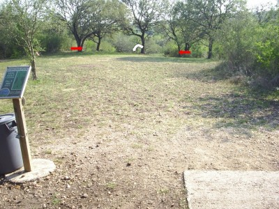 Live Oak City Park, Main course, Hole 24 Tee pad