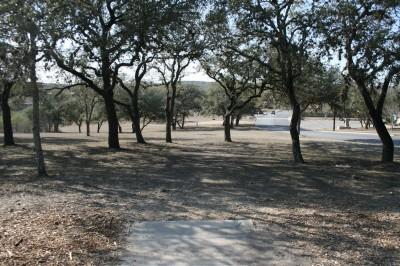 Live Oak City Park, Main course, Hole 21 Tee pad