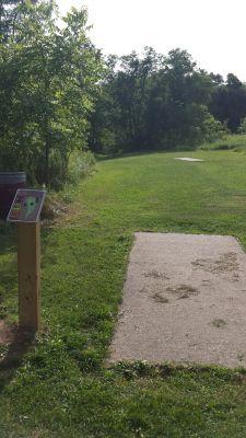 Meyer Broadway Park, Original course, Hole 2 Long tee pad