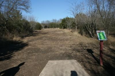 McClain Park, Main course, Hole 10 Tee pad