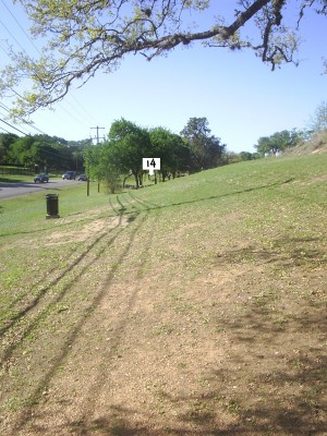 Texas State Campus West Park, Main course, Hole 14 Tee pad
