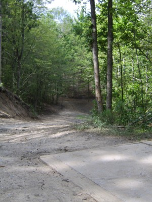 Hickory Hills, Main course, Hole 7 Tee pad