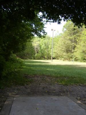 Hickory Hills, Main course, Hole 10 Tee pad