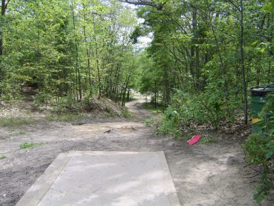 Hickory Hills, Main course, Hole 21 Tee pad