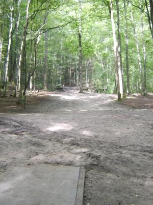 Hickory Hills, Main course, Hole 3 Tee pad