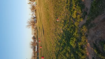 Newman Park, Main course, Hole 2 Tee pad