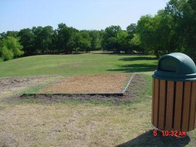 Bill Allen Memorial Park, Main course, Hole 17 Tee pad