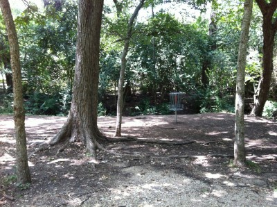 William Cameron Park, Main course, Hole 5 Short approach