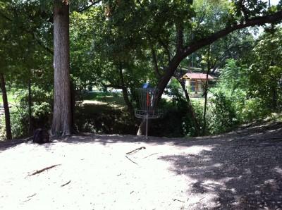 William Cameron Park, Main course, Hole 4 Putt