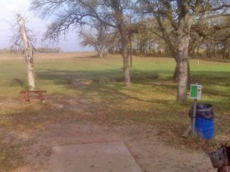 Weatherford Disc Golf Course, Main course, Hole 9 Tee pad