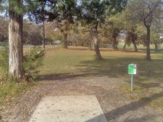 Weatherford Disc Golf Course, Main course, Hole 6 Tee pad