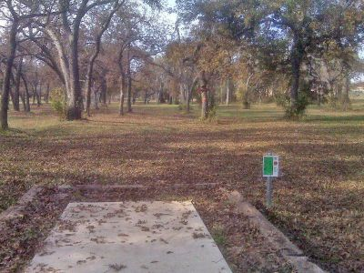 Weatherford Disc Golf Course, Main course, Hole 13