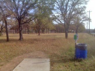 Weatherford Disc Golf Course, Main course, Hole 15 Tee pad