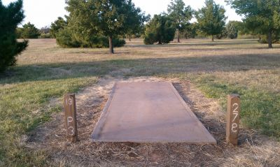 Lake Wichita Park, Main course, Hole 13 Tee pad