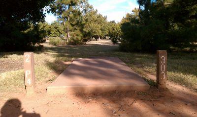 Lake Wichita Park, Main course, Hole 2 Tee pad