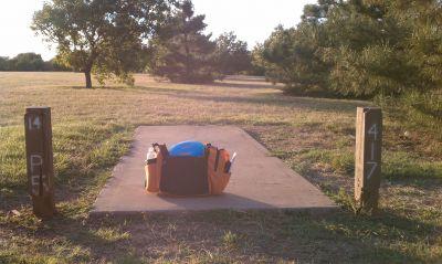 Lake Wichita Park, Main course, Hole 14 Tee pad