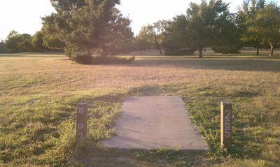 Lake Wichita Park, Main course, Hole 15 Tee pad
