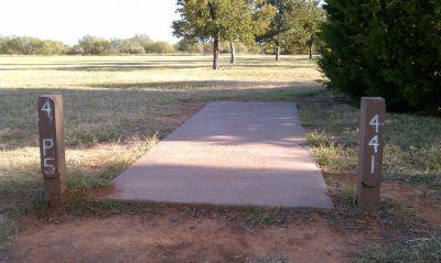 Lake Wichita Park, Main course, Hole 4 Tee pad