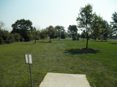Twin Creeks Park, Main course, Hole 5 Tee pad