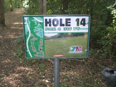 Lippold Park, Main course, Hole 14 Hole sign