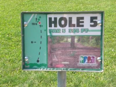 Lippold Park, Main course, Hole 5 Hole sign