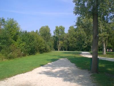 Lippold Park, Main course, Hole 15 Tee pad