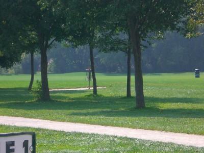 Lippold Park, Main course, Hole 1 Midrange approach