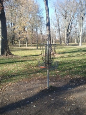 Firefighters Park, Main course, Hole 16 Reverse (back up the fairway)