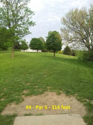Richmond Hill Park, Main course, Hole 4 Tee pad