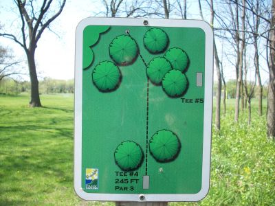 Central Park, Main course, Hole 4 Hole sign