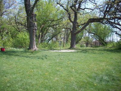 Central Park, Main course, Hole 9 Short approach