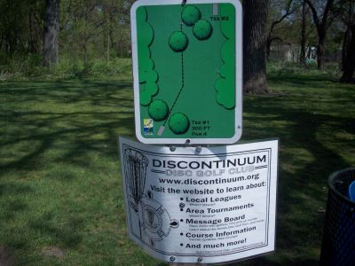Central Park, Main course, Hole 1 Hole sign