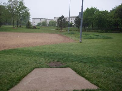 Warren Township Park, Main course, Hole 9 Tee pad