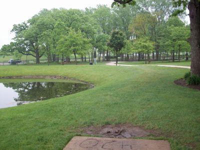 Warren Township Park, Main course, Hole 7 Long tee pad