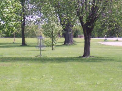 Pioneer Park, Main course, Hole 1 Midrange approach