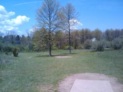 Stony Creek Metropark, Blue course, Hole 17 Tee pad