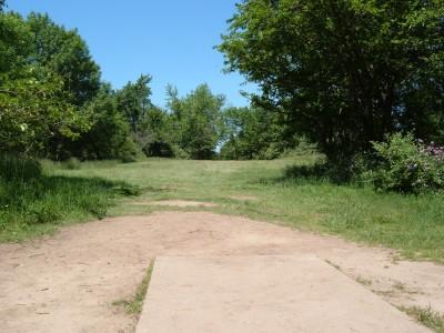 Stony Creek Metropark, Blue course, Hole 15 Tee pad