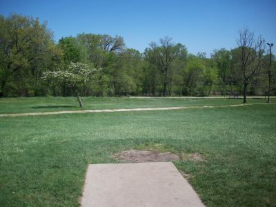 Adler Park, Main course, Hole 9 Tee pad