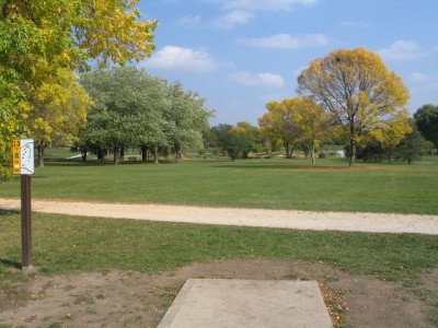 Madison Meadow Park, Main course, Hole 13 Tee pad
