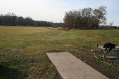Knoch Knolls Park, Main course, Hole 1 Tee pad