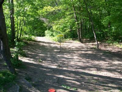 Bay Court Park, Main course, Hole 5 Putt