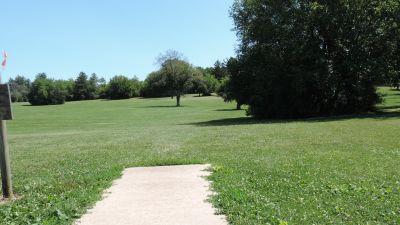Anna Page Park, West, Hole 10 Tee pad